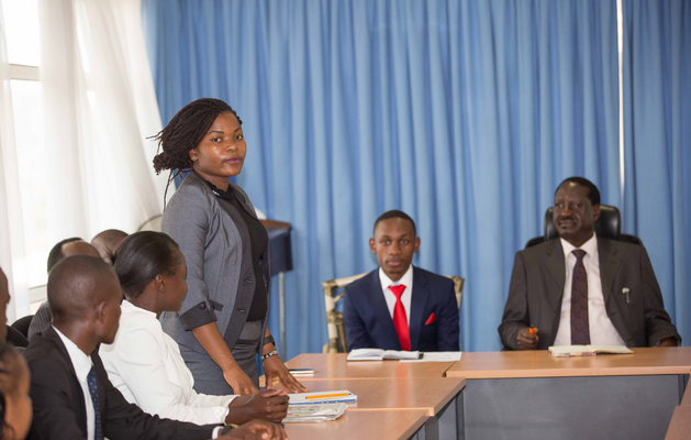 Raila Odinga on a roundtable discussion with student leaaders