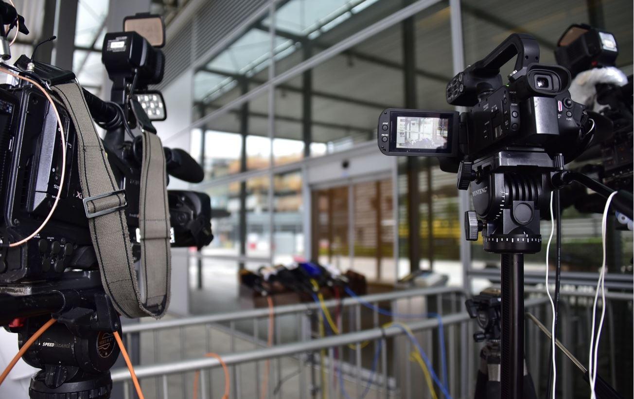 how to prepare for career in the media in university