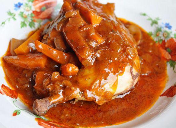 Procedure of Cooking Chicken stew meal, Kenyan chicken recipe