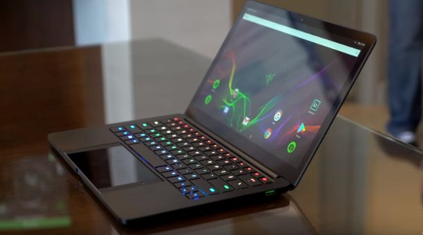 CES 2018 highlights of a Razer Project Linda that turns your Razor Phone into a laptop/Photo