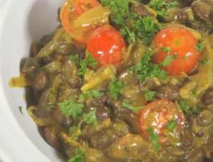 how to cook Coconut Njahi Curry and kenyan recipe