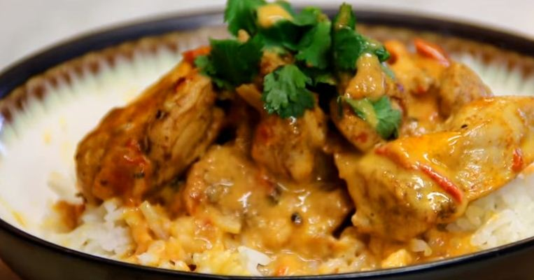 how to cook Coconut chicken curry and Kenyan Recipe